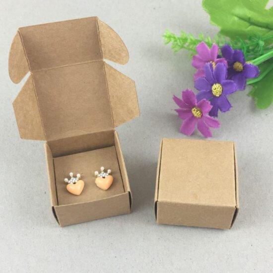 protection et emballage cadeau pour bijoux