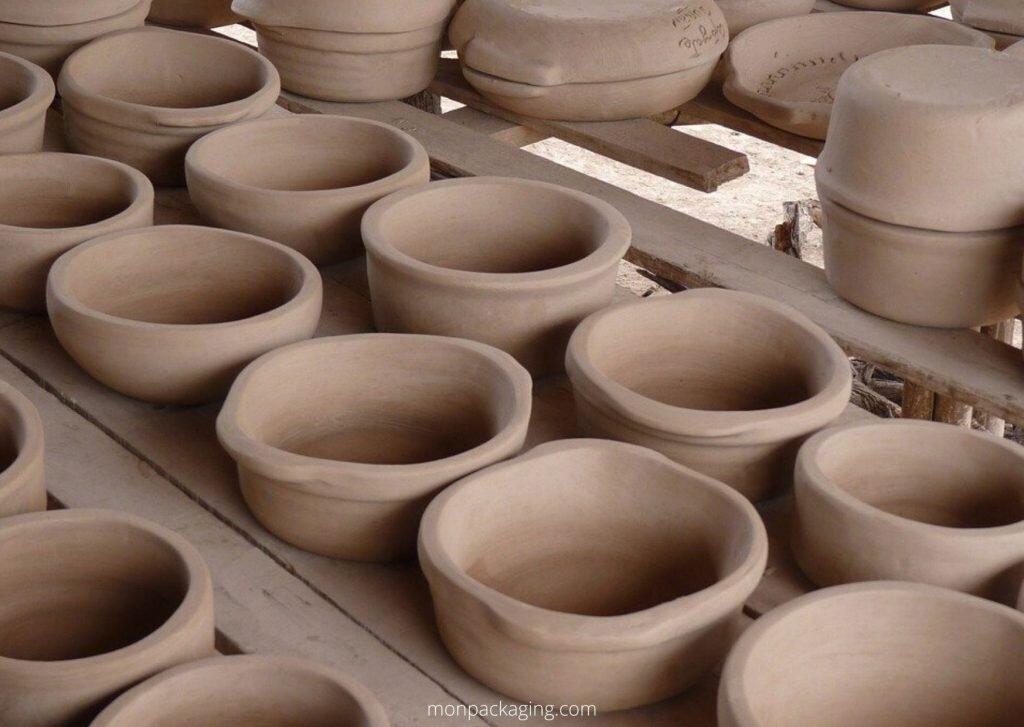 La poterie est l'une des plus anciennes formes d'emballage